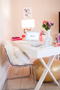 Purchase beautiful white desk for under $200